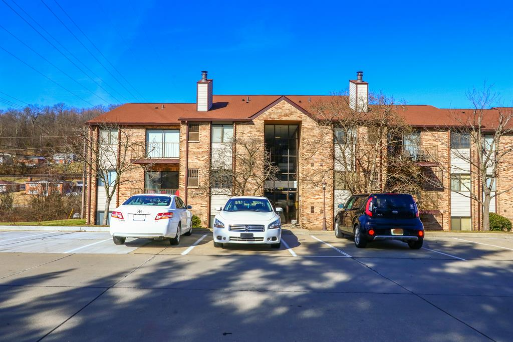 Exterior (Main) 2 for 34 Woodland Hills Dr, 6 Southgate, KY 41071