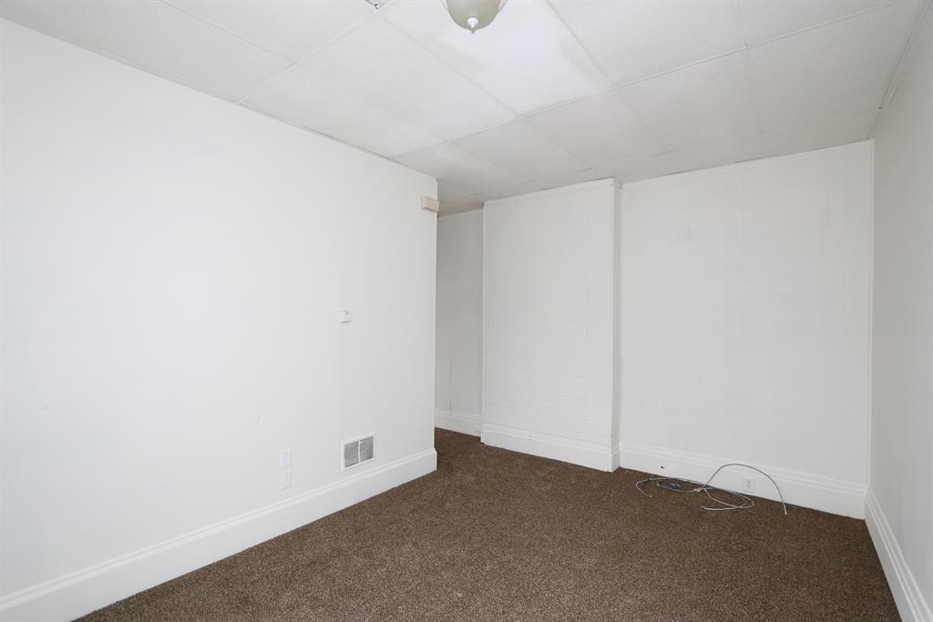Living Room for 312 E 12th St Covington, KY 41011