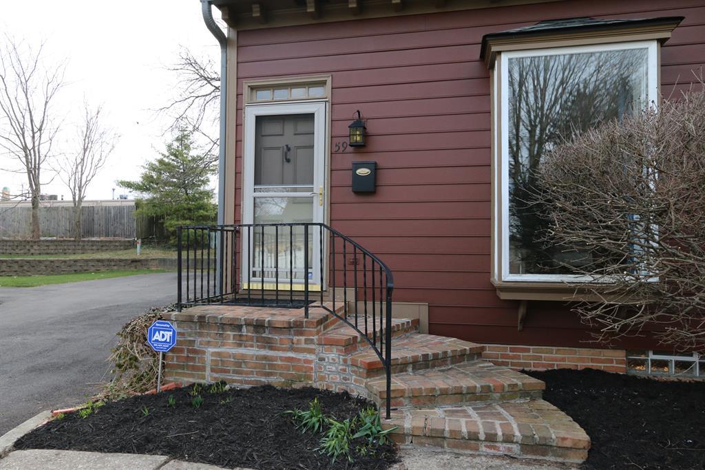 Entrance for 59 Wythe Parish St Dayton, OH 45459