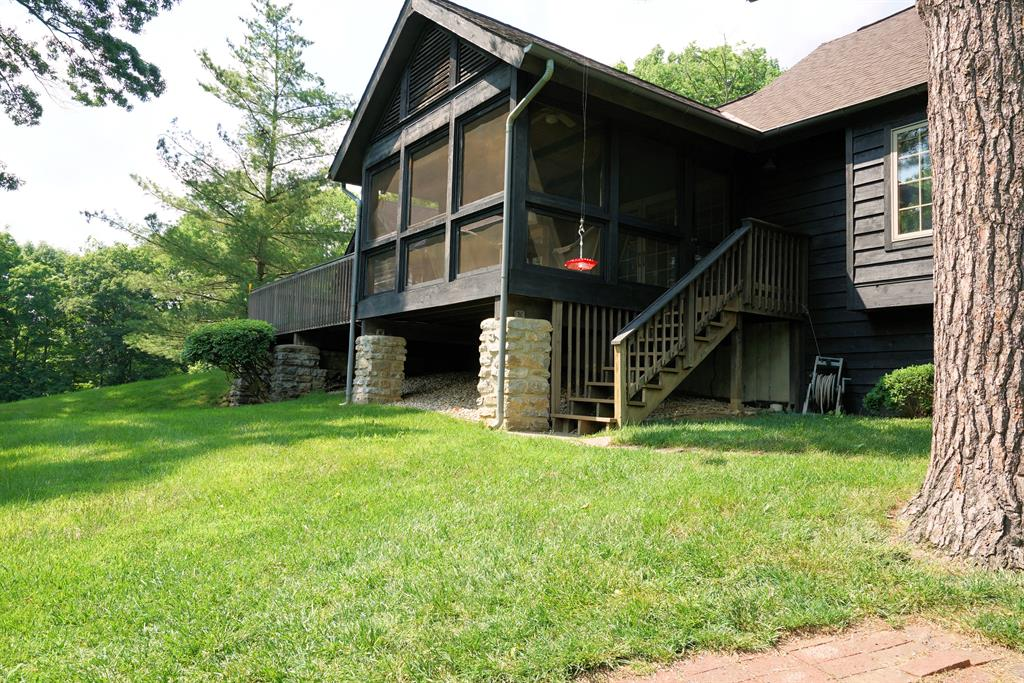 Exterior (Main) 2 for 7150 Ragland Rd, 2A Anderson Twp., OH 45244