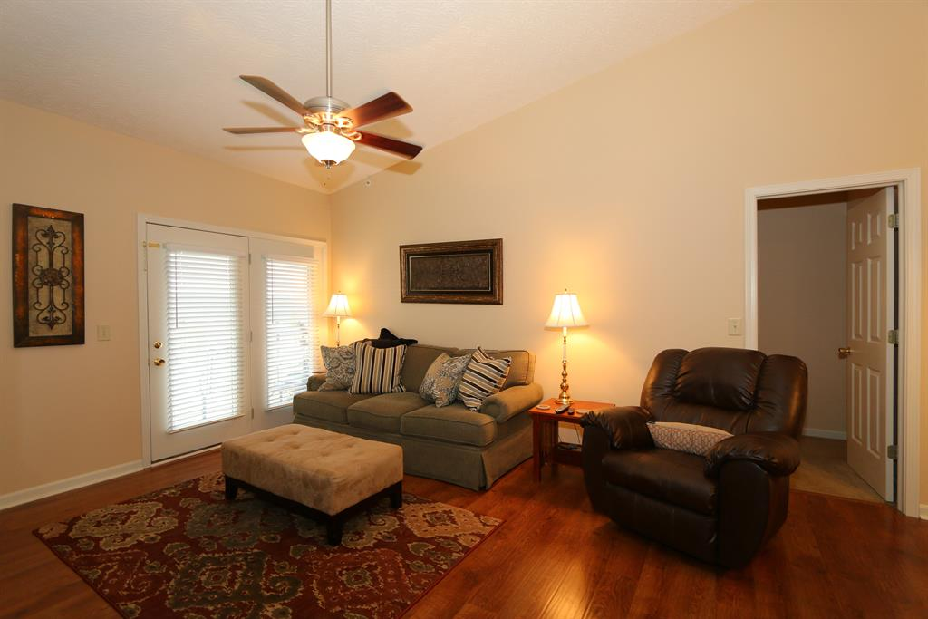 Living Room for 701 Napa Valley Ln, 12 Crestview Hills, KY 41017