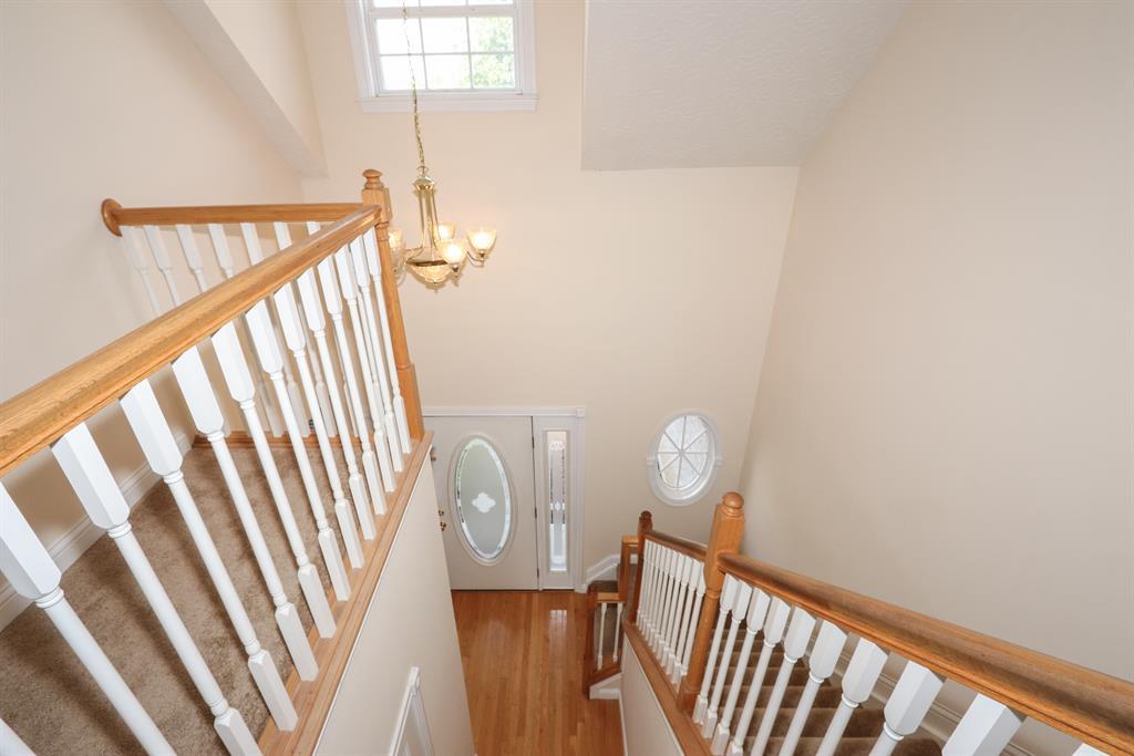 Foyer for 3371 Mary Teal Ln Burlington, KY 41005