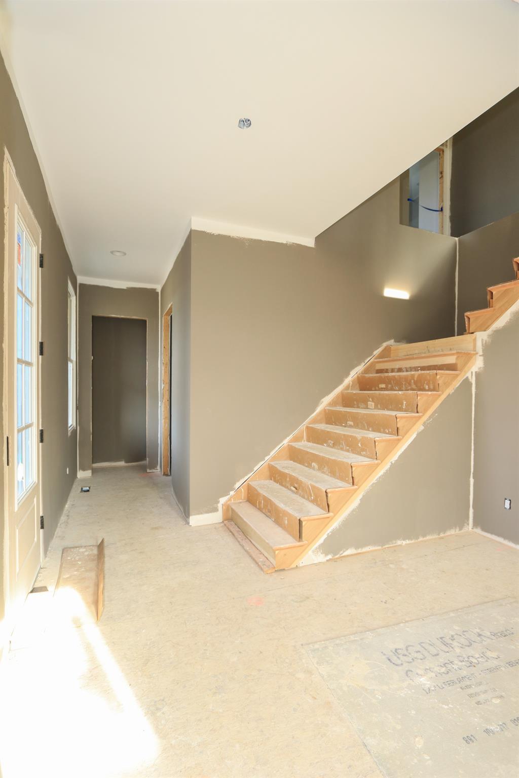 Foyer for 7578 Copper Creek Ln White Oak, OH 45247