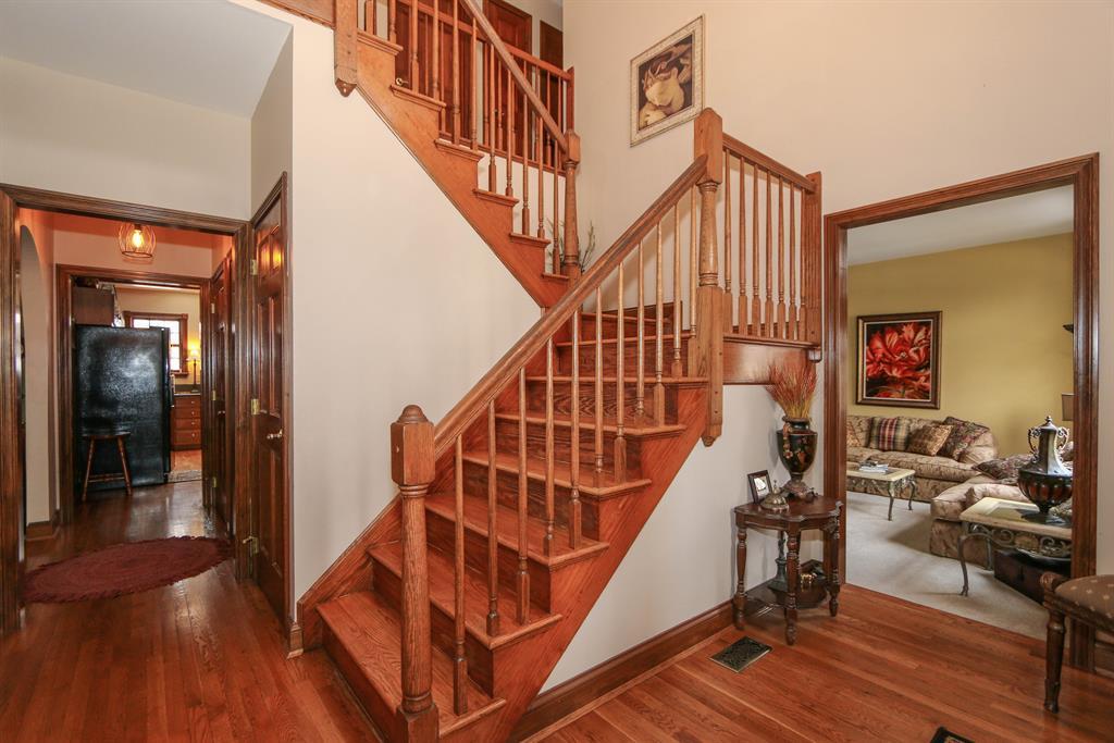Foyer for 751 Hurstborne Ln Edgewood, KY 41017