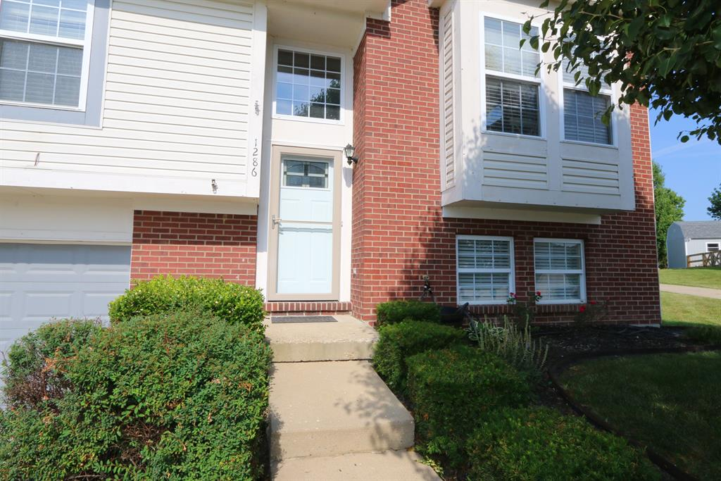 Entrance for 1286 Harbor Ct Independence, KY 41051