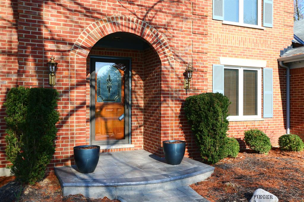 Entrance for 1093 Carpenters Trace Villa Hills, KY 41017