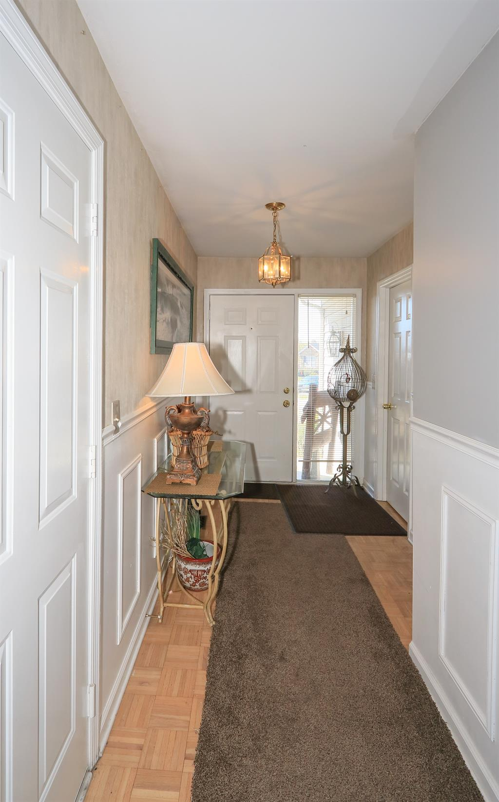 Foyer for 8484 Watersedge Dr Florence, KY 41042