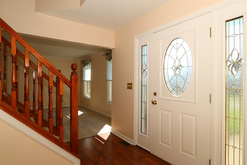 Foyer for 6 Red Clover Ct Florence, KY 41042