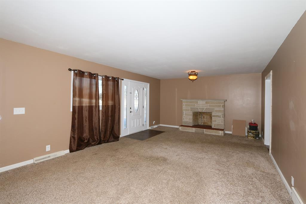 Living Room for 2995 Lakeview Dr Independence, KY 41051