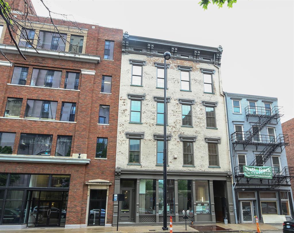 813 Broadway St, 1C Cincinnati, OH