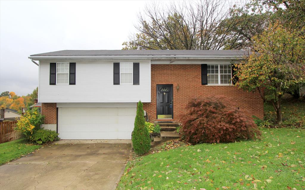 Exterior (Main) for 4 Arbor Dr Highland Heights, KY 41076