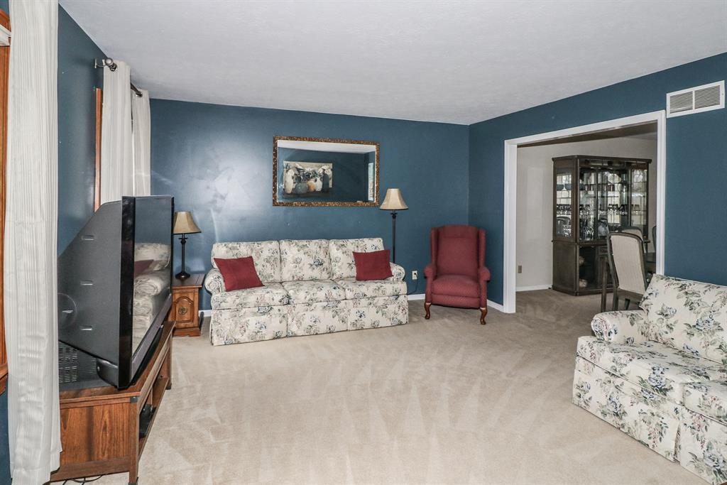 Living Room for 1013 Duxbury Ct Anderson Twp., OH 45255