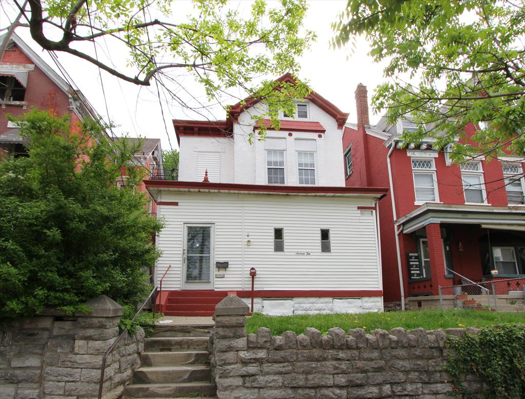 real estate photo 1 for 1610 Scott St Covington, KY 41011
