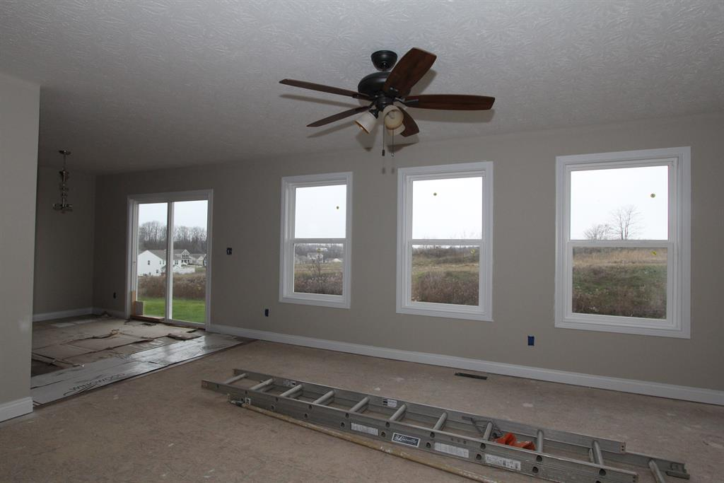 Living Room for 12411 Sheppard Way Walton, KY 41094