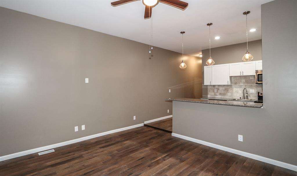 Living Room for 317 Elm St Newport, KY 41071