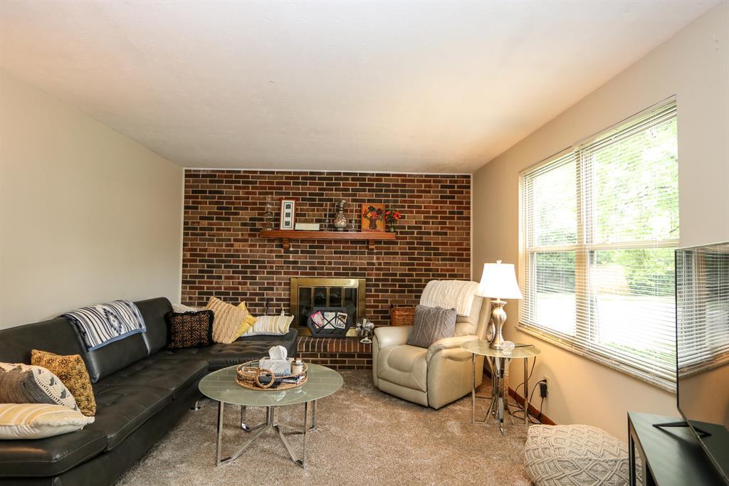 Living Room for 1403-1405 Minstrel Dr West Carrollton, OH 45449