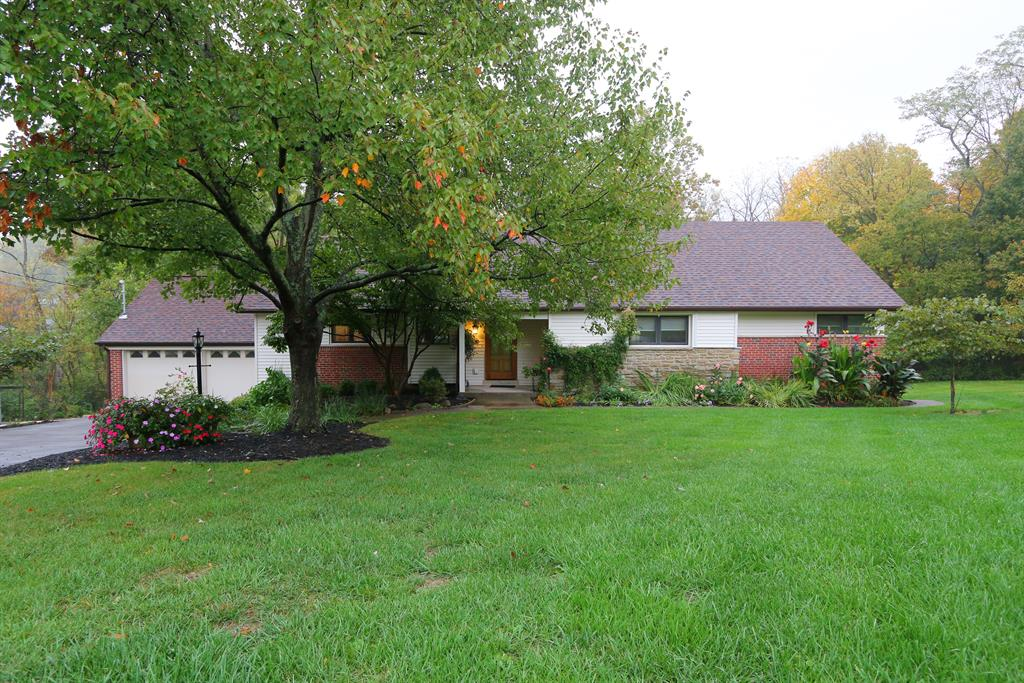 3184 Dot Dr Amberley, OH