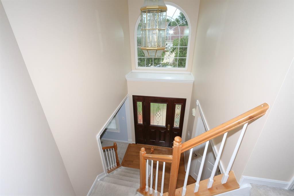 Foyer for 6278 Satinwood Dr Burlington, KY 41005