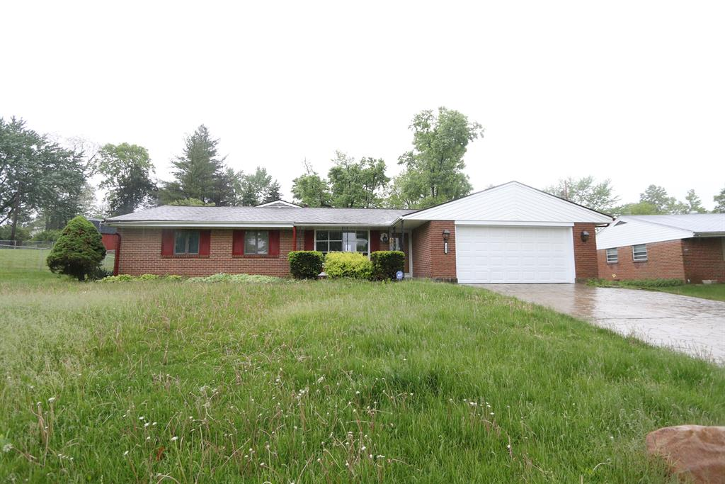2706 Weeping Willow Dr West Carrollton, OH