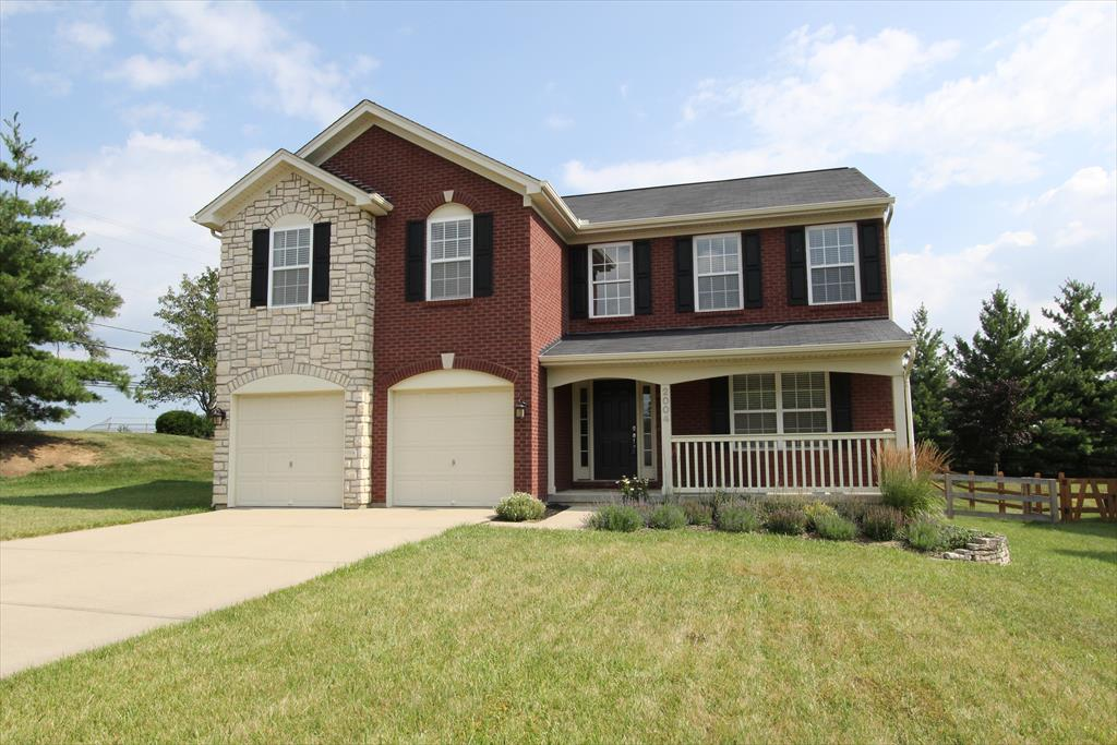 real estate photo 1 for 2004 Aristocrat Blvd Independence, KY 41051