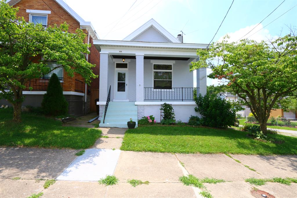 Exterior (Main) for 423 W 16th St Covington, KY 41014