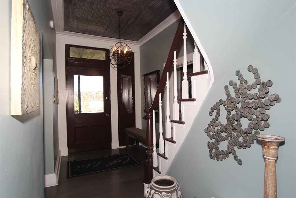 Foyer image 2 for 1116 6th Ave Dayton, KY 41074