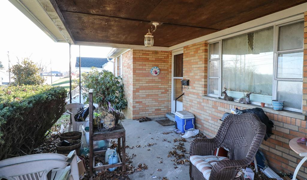 Porch for 130 Steelman Ave Highland Heights, KY 41076