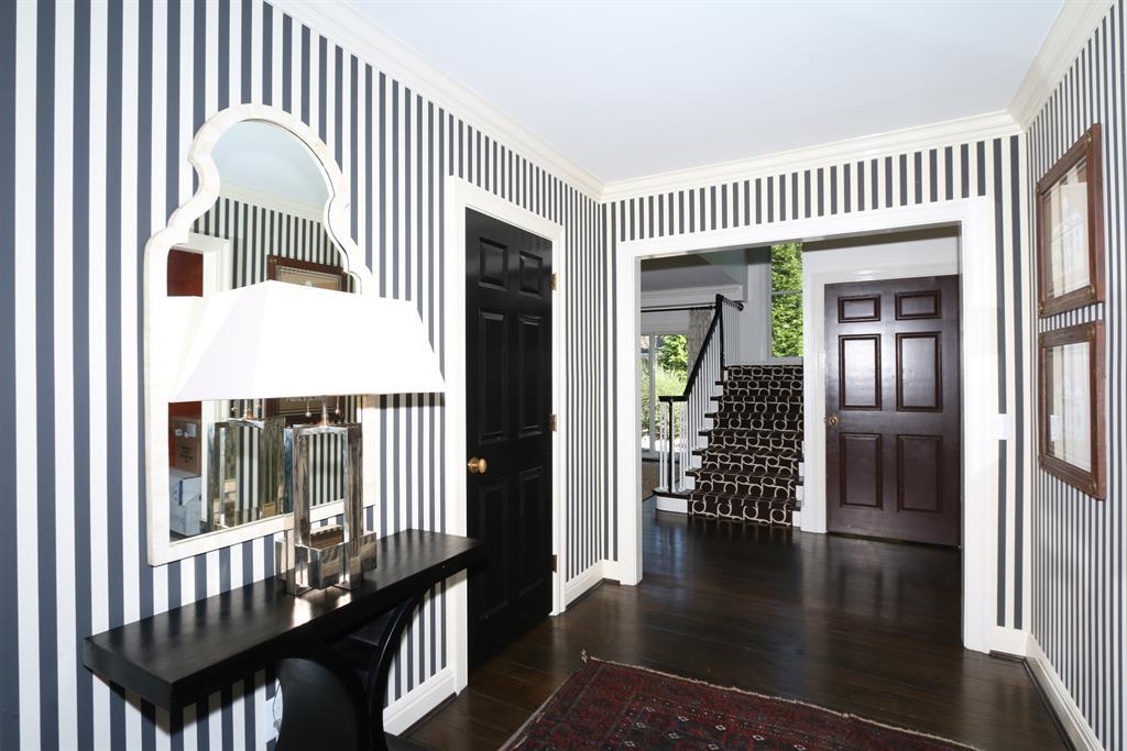Foyer image 2 for 228 Harvard Ave Terrace Park, OH 45174