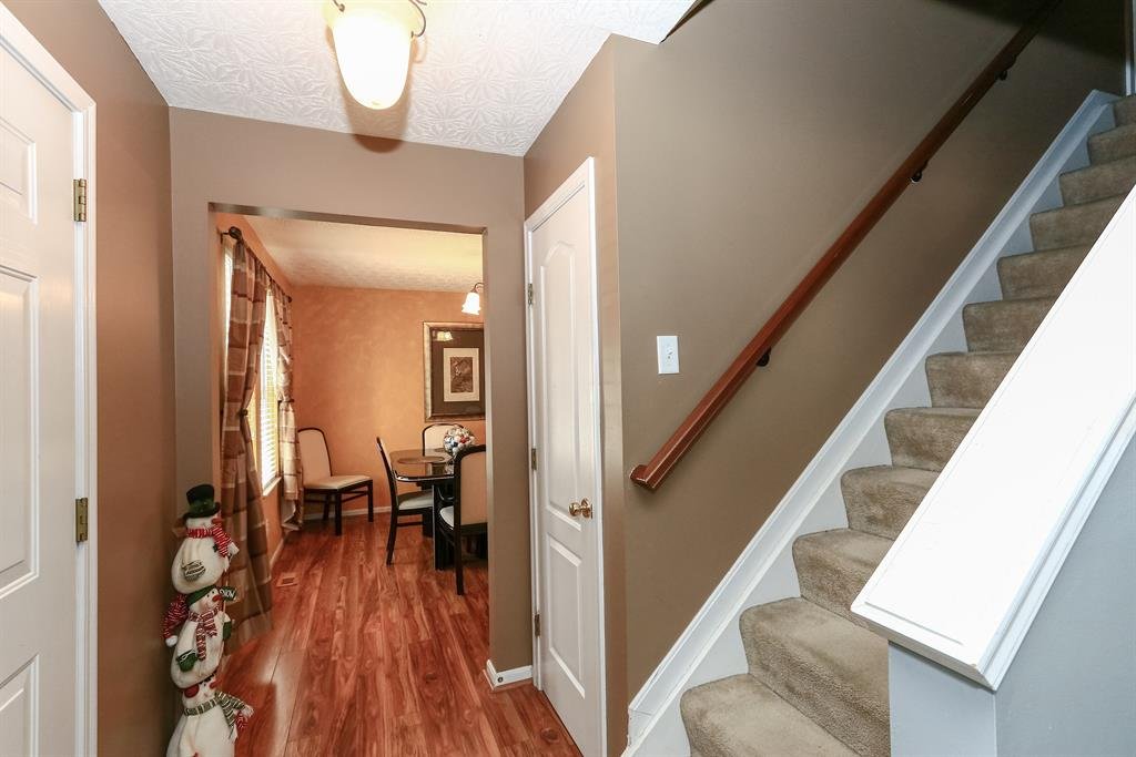 Foyer for 870 Ridgepoint Dr Independence, KY 41051
