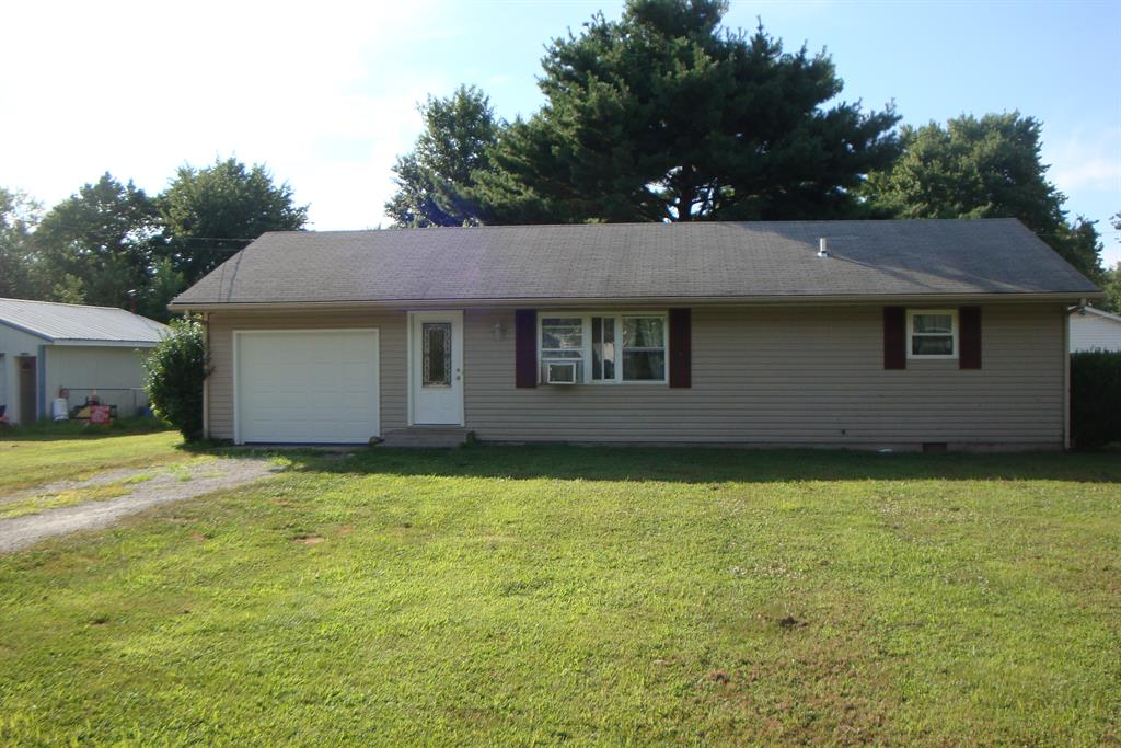 5464 Oak Grove Ave Blanchester, OH