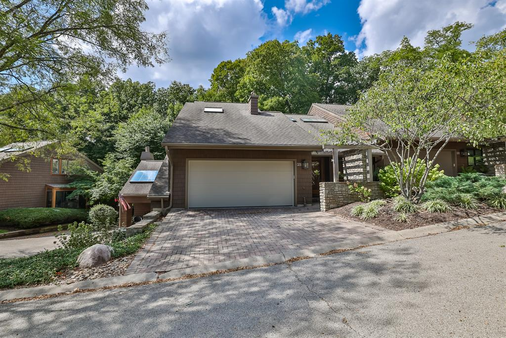 25 Spring Hill Drive