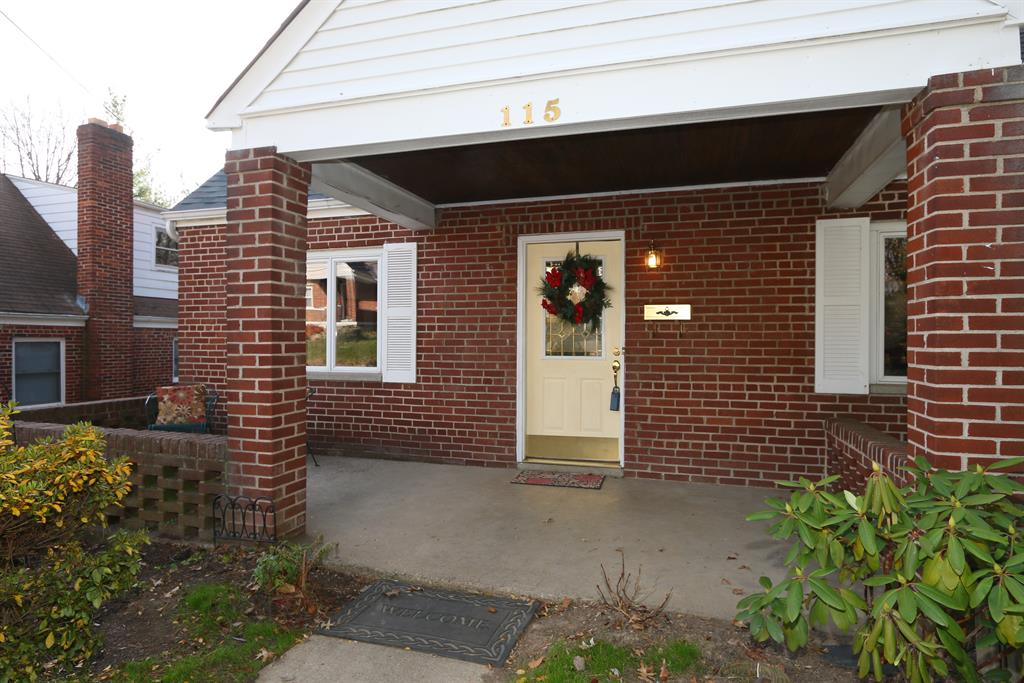 Entrance for 115 Barrington Rd Fort Wright, KY 41011