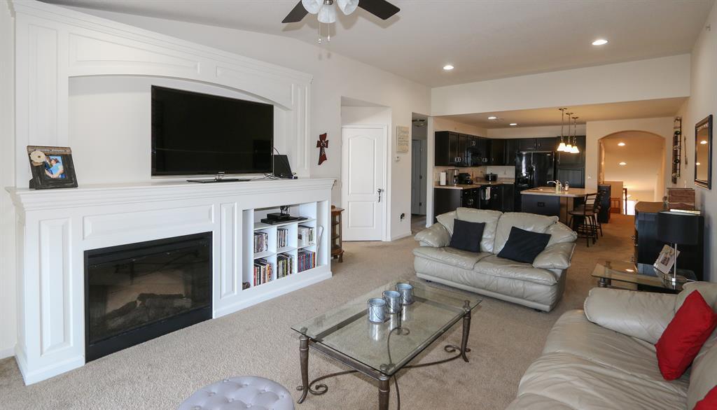 Living Room image 2 for 1917 Timberwyck Ln, 302 Burlington, KY 41005