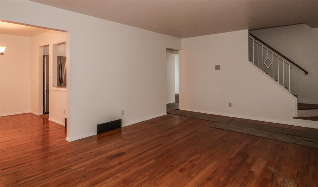 Living Room image 2 for 6057 Waldway Ln College Hill, OH 45224