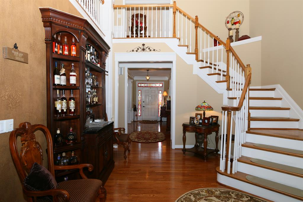 Foyer for 709 Gallant Fox Ln Union, KY 41091