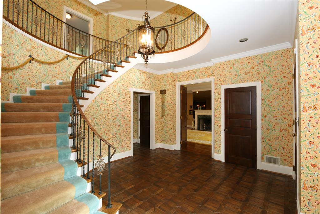 Foyer for 3909 Stubbs Mills Rd Morrow, OH 45152