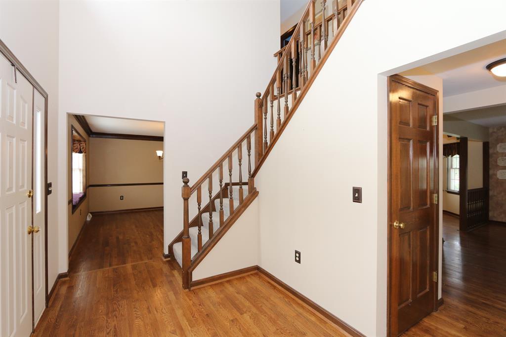 Foyer for 3281 Ridgetop Way Edgewood, KY 41017