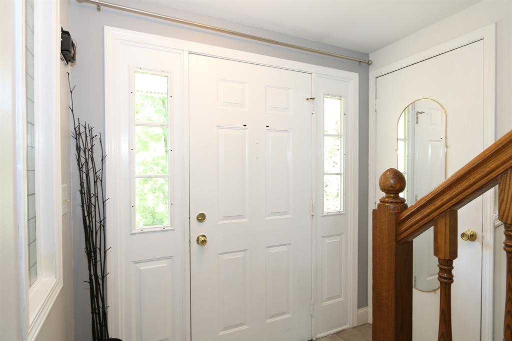 Foyer for 9335 Jerry Wright Rd Alexandria, KY 41001
