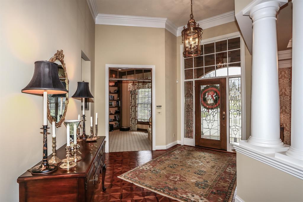 Foyer for 943 Riva Ridge Union, KY 41091
