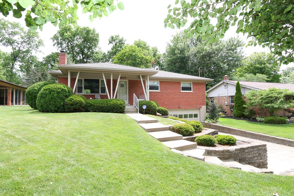 3577 Glengary Ave Dillonvale, OH