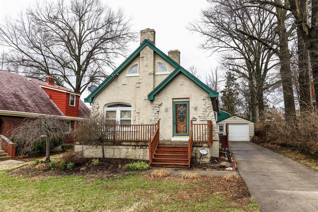4972 Western Hills Ave Covedale, OH