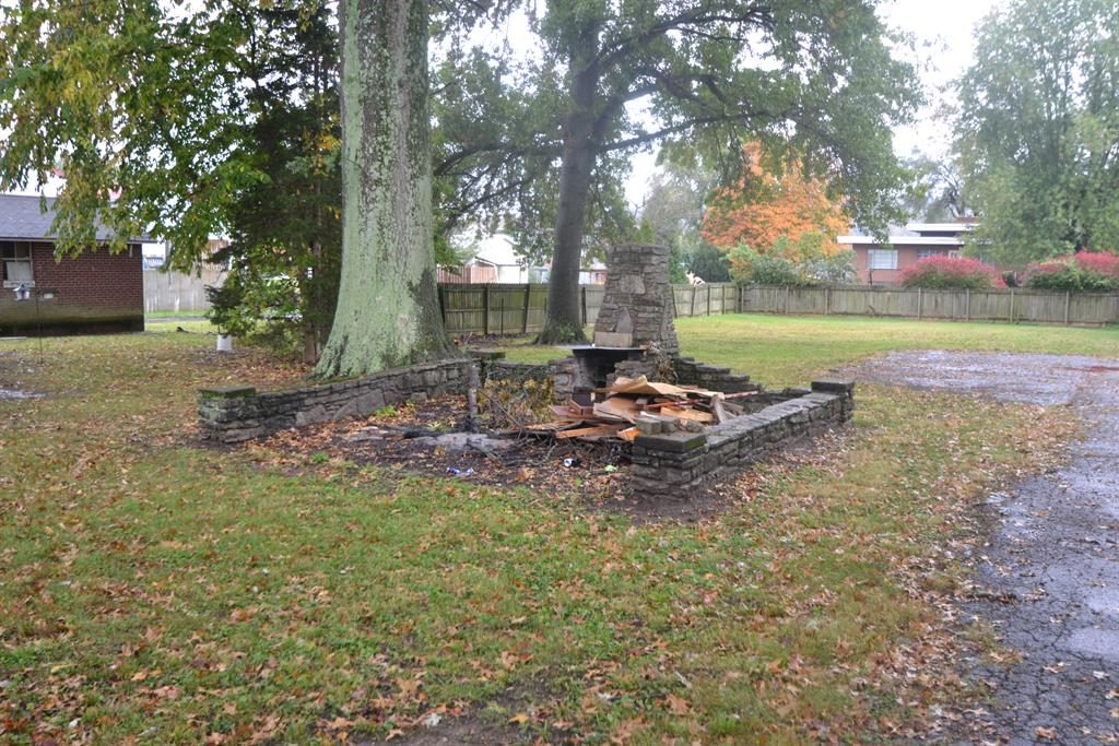 Yard for 905 S Second St Union Twp. (Brown), OH 45167