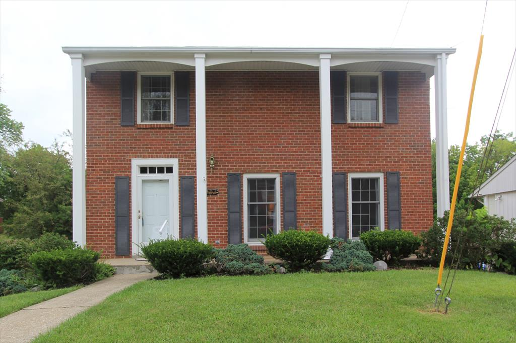 Exterior (Main) for 402 Caldwell Dr Elsmere, KY 41018