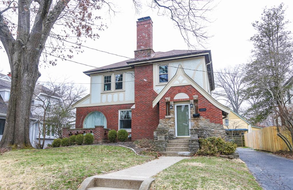 3844 Country Club Pl Hyde Park, OH