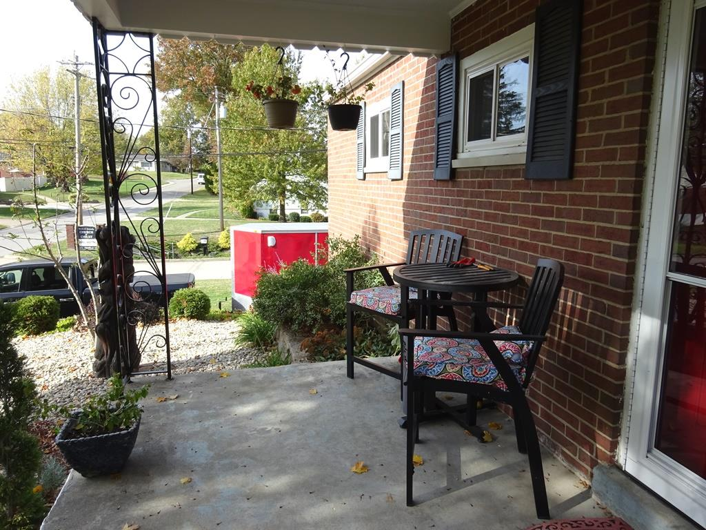 Porch for 14 Scott Dr Florence, KY 41042