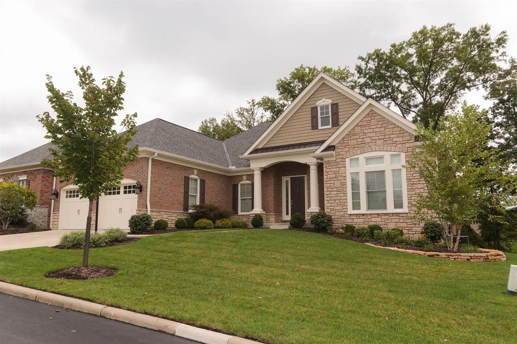 220 Legacy Ln Montgomery, OH