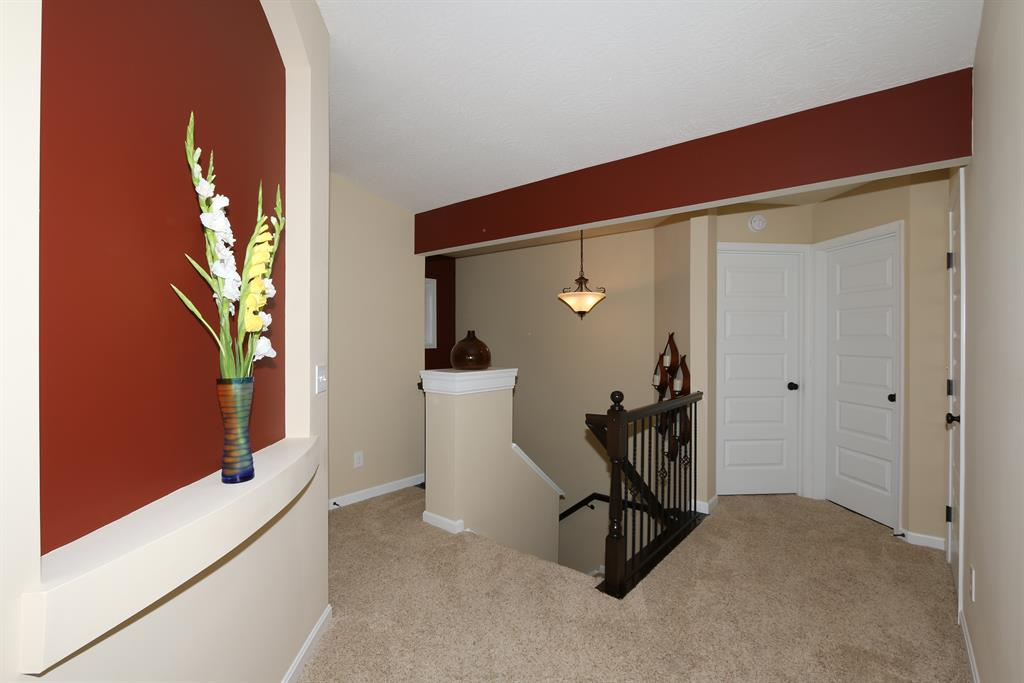 Foyer for 6066 Marble Way Cold Spring, KY 41076