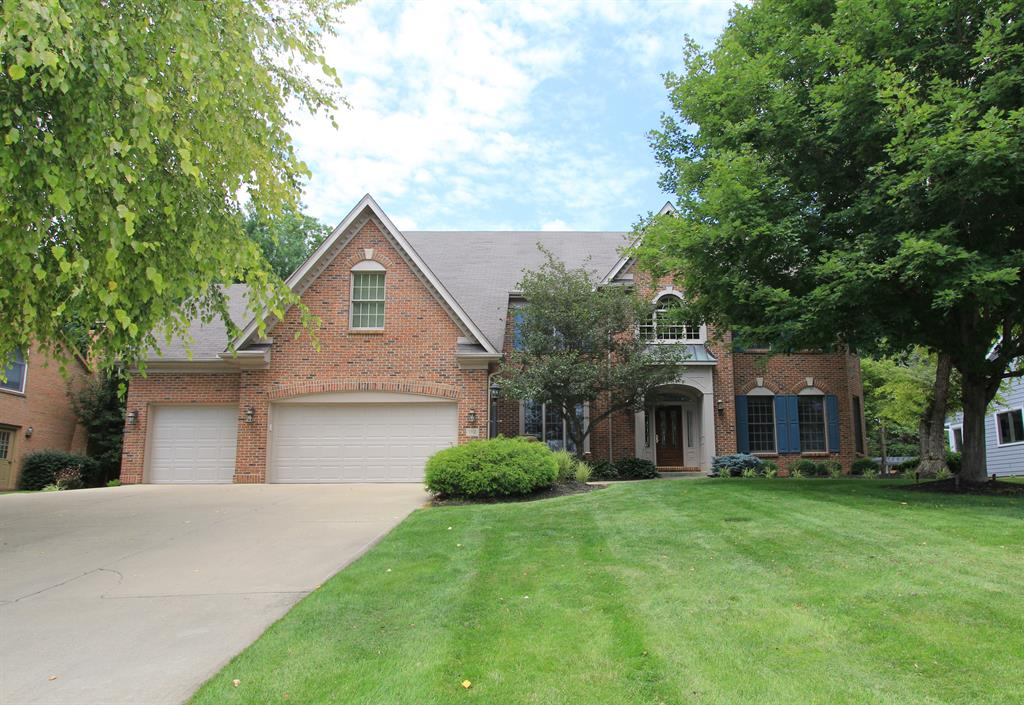 112 Lakeview Ct Loveland, OH