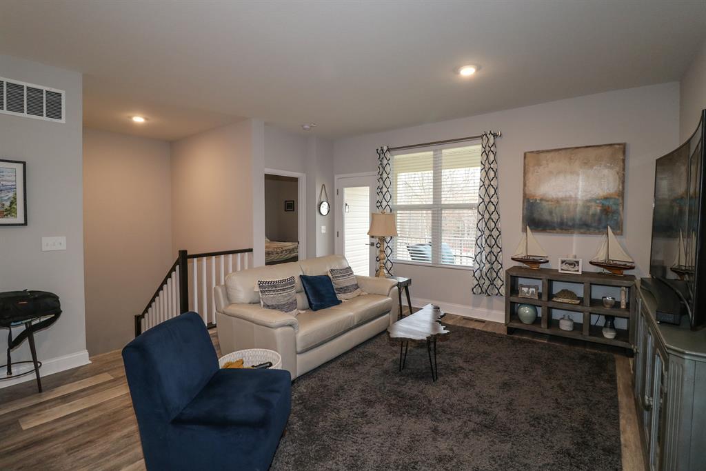 Living Room image 2 for 5905 Bunkers Ave Burlington, KY 41005