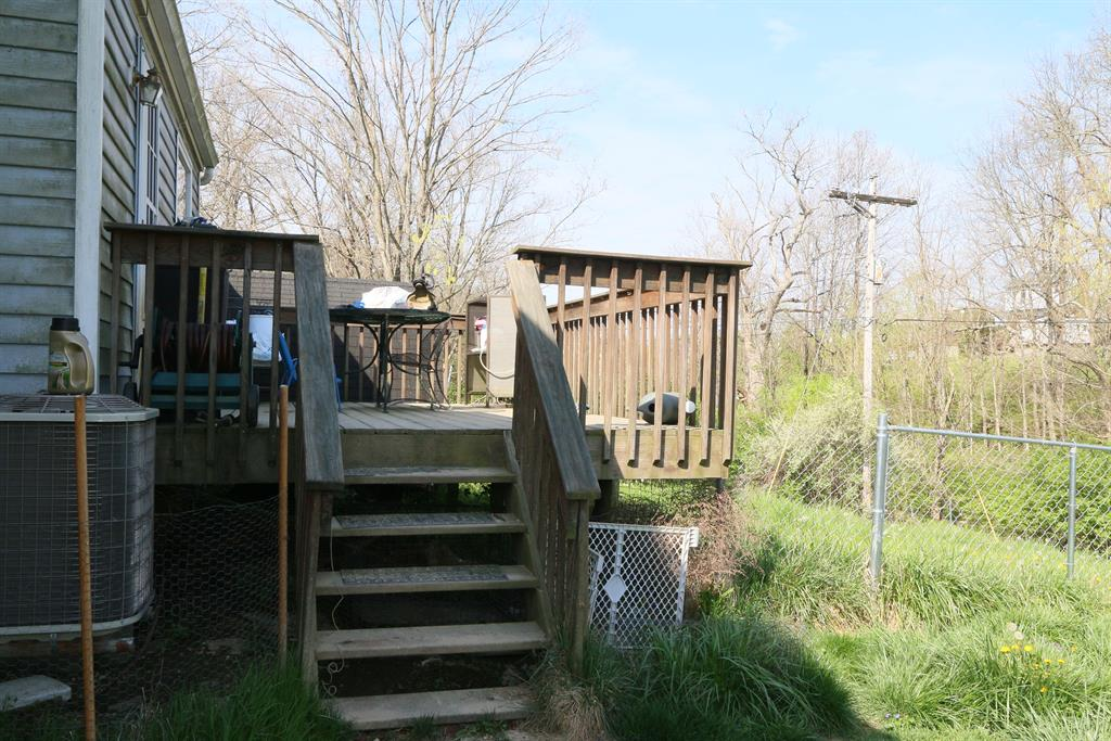 Deck for 3070 Redstone Dr Burlington, KY 41005